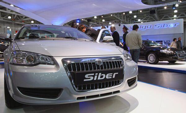 Автомобиль Volga Siber на Московском международном автосалоне. Архив