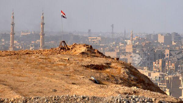 Вид Дейр-эз-Зора во время операции сирийской армии против террористов