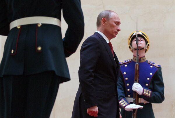 Избранный президент РФ Владимир Путин во время церемонии инаугурации. 7 мая 2012
