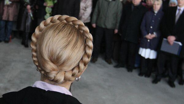 Юлия Тимошенко во время посещения Харьковского государственного авиационного производственного предприятия. 17 марта 2009