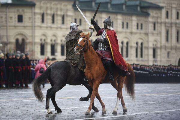 Генеральная репетиция марша, посвященного 76-й годовщине парада 1941 года, на Красной площади в Москве