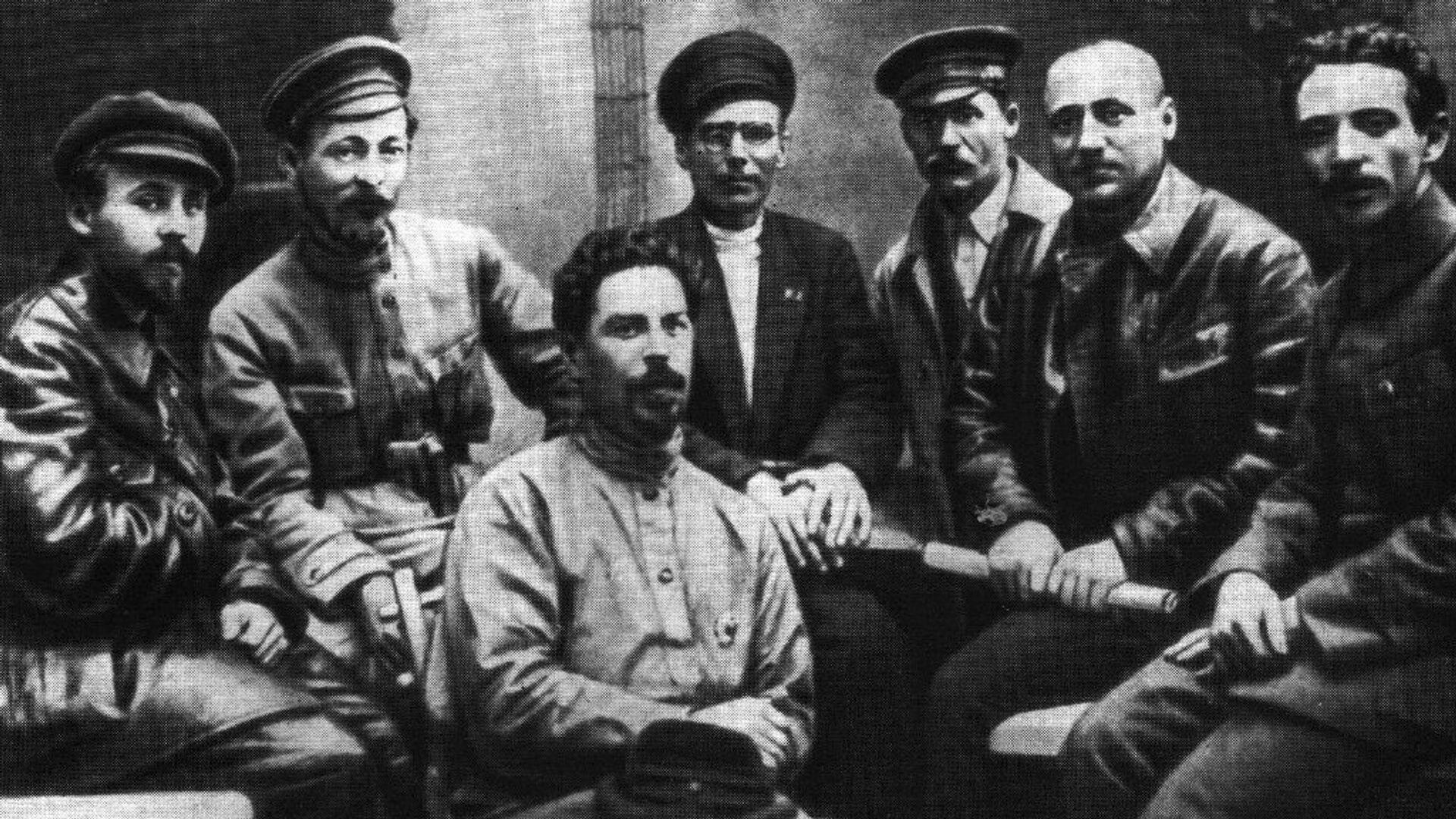 Члены ВЧК в 1919 году - РИА Новости, 1920, 20.12.2020
