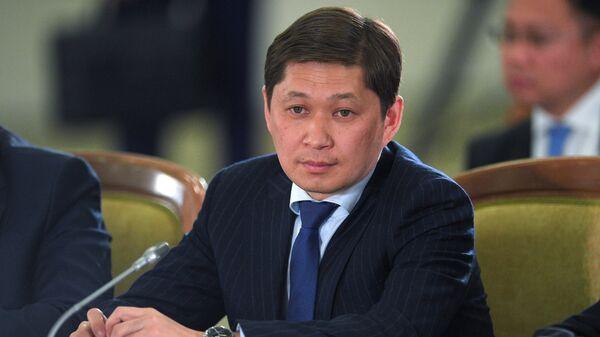 Премьер-министр Киргизии Сапар Исаков на заседании ВЕЭС на уровне глав государств в расширенном составе