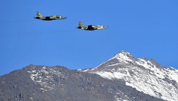 Самолеты Су-24 МС во время совместных тактических учений ОДКБ. Архивное фото