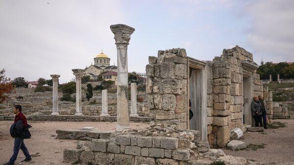 Руины на территории национального заповедника Херсонес Таврический в Севастополе