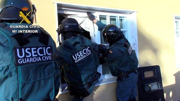Национальная полиция Испании разоблачила деятельность группировки по торговле наркотиками