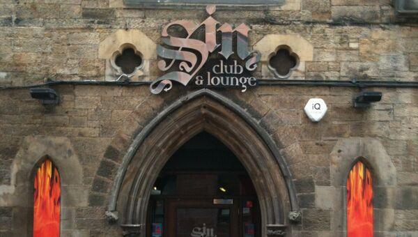 Ночной клуб Sin club & lounge в здании бывшей церкви в Шотландии