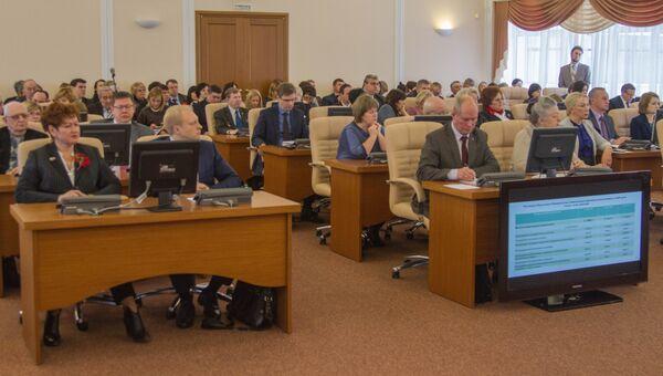 Владимирские депутаты нацелены на снижение дефицита бюджета к 2020 г до 3%