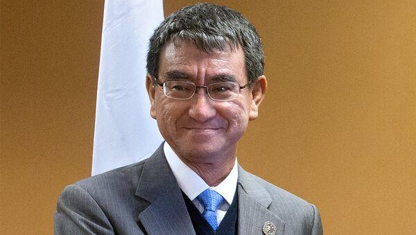 Глава МИД Японии Таро Коно. Архивное фото