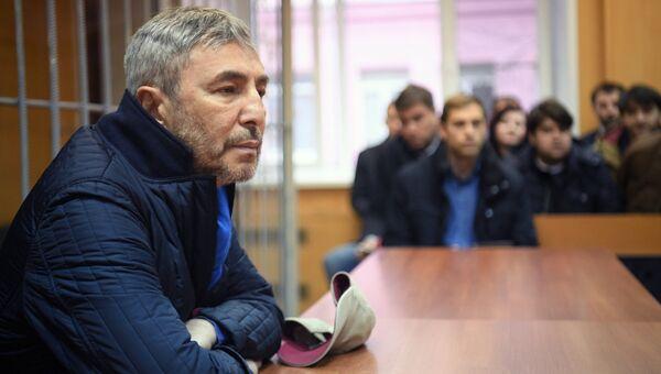 Бизнесмен и экс-сенатор Умар Джабраилов на судебном заседании в Тверском суде. 22 ноября 2017
