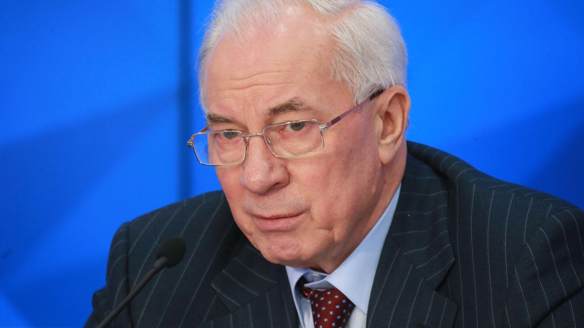 СК попросил арестовать экс-советника бывшего премьера Украины Азарова