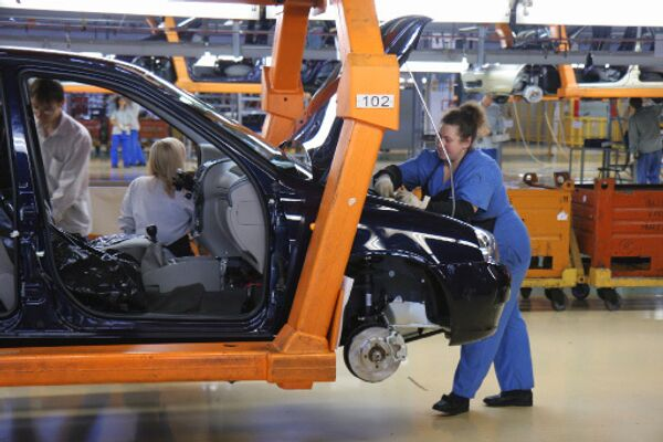 АвтоВАЗ ожидает снижение производства в 2009 году в 1,7 раза