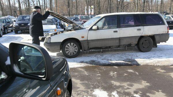 В Госдуме предложили запретить эксплуатацию старых машин, пишут СМИ
