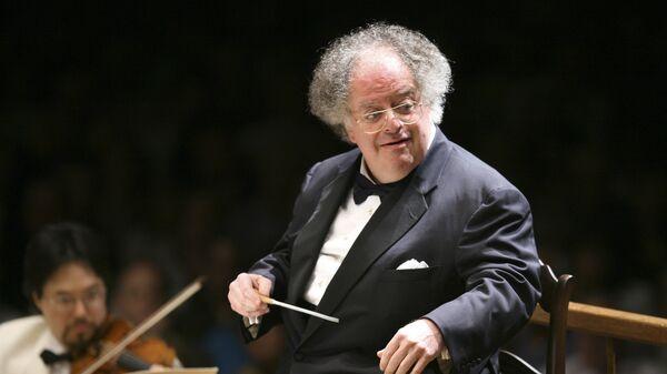 Музыкальный руководитель Бостонского симфонического оркестра Джеймс Ливайн