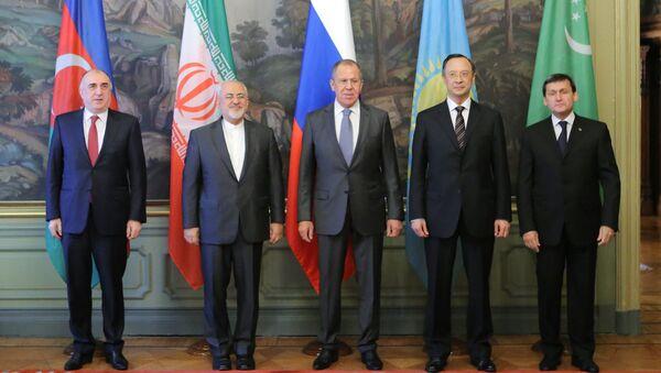 Министр иностранных дел РФ Сергей Лавров и министры иностранных дел прикаспийских государств. 5 декабря 2017