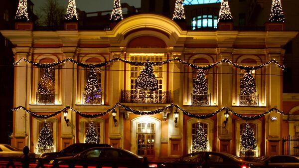 Новогоднее оформление ресторана Кафе Пушкинъ в Москве