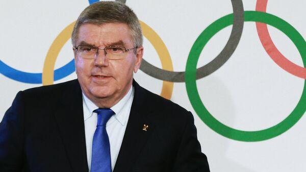 Президент Международного олимпийского комитета Томас Бах на пресс-конференции по итогам заседания исполкома Международного олимпийского комитета в Лозанне. 5 декабря 2017