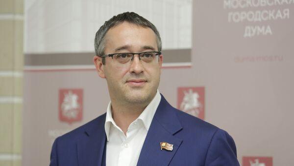 А.В. Шапошников