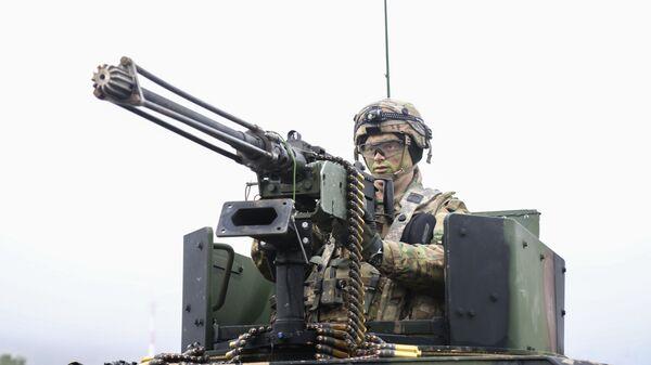 Военнослужащий армии США во время совместных учений войск НАТО Allied Spirit VII в Германии