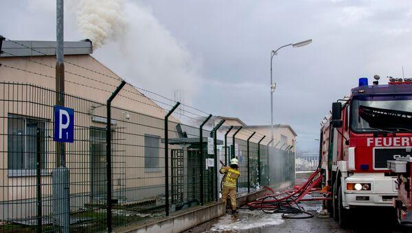 Пожарные на месте взрыва газопровода в Баумгартене, Австрия. 12 декабря 2017