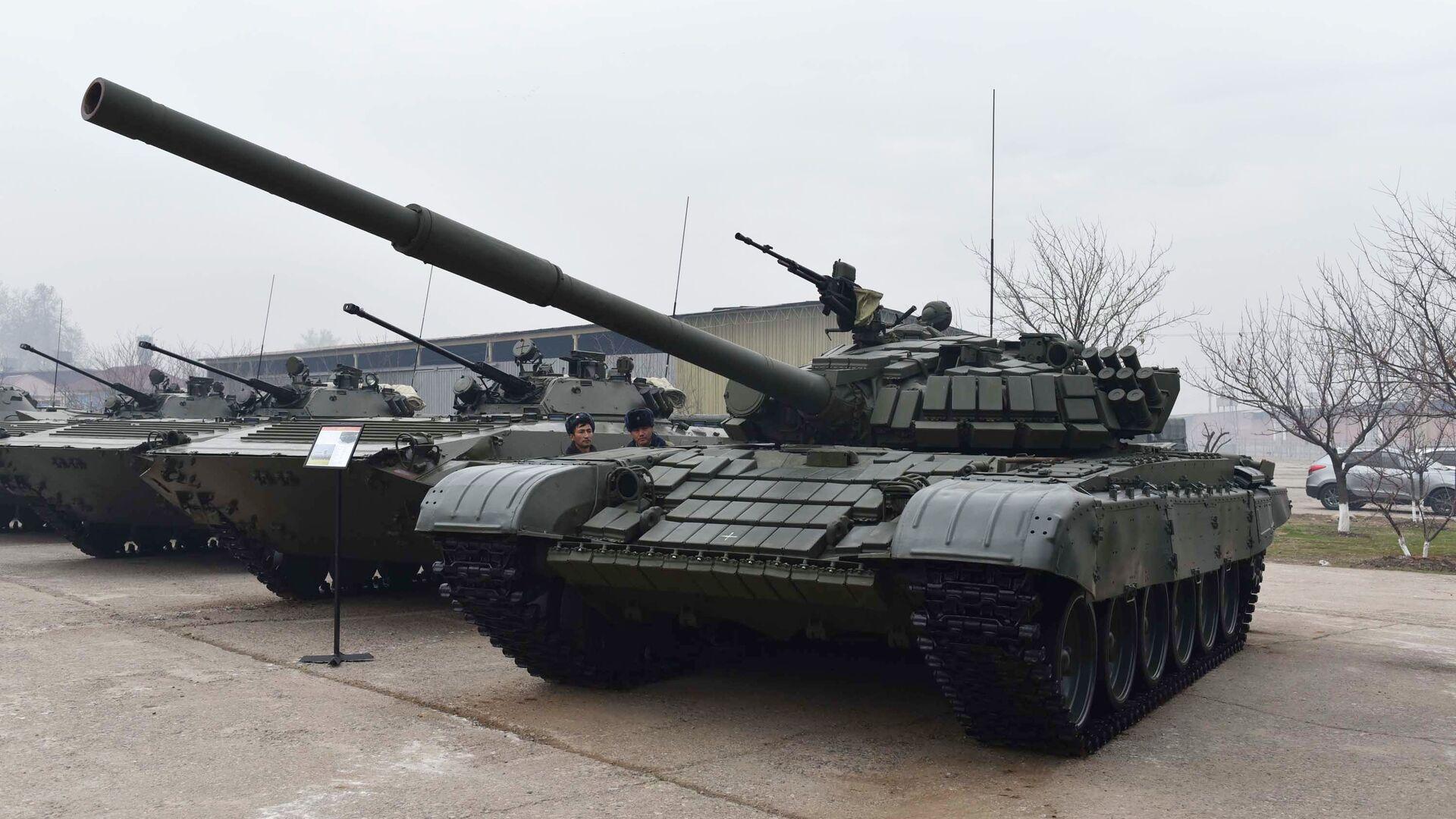 На российскую базу в Таджикистане поступят 30 новых танков до конца года