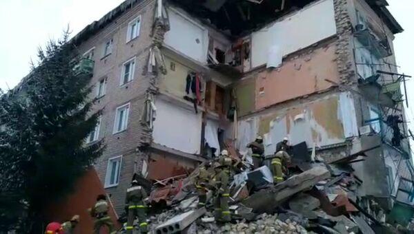 Последствия обрушения части жилого дома в городе Юрьевец Ивановской области. 22 декабря 2017