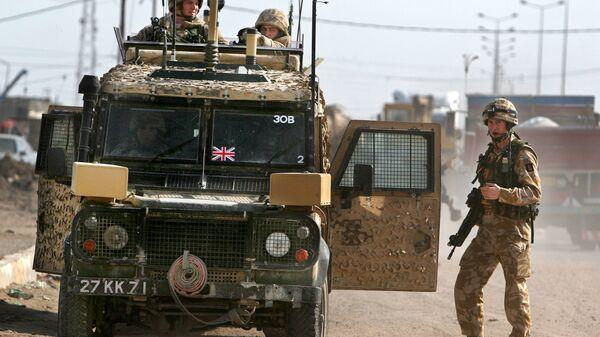 Британские военные патрулируют территорию в Ираке