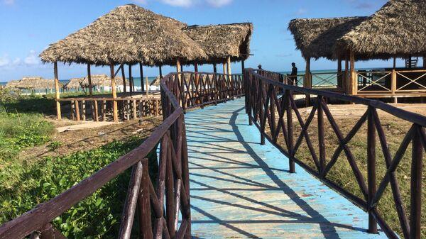 Пляжи Кайо Коко спустя два месяца после урагана Ирма