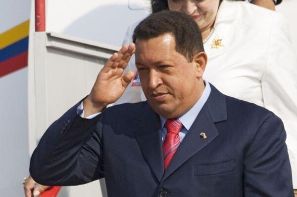 Президент Венесуэлы Уго Чавес прибыл с первым визитом в Туркмению