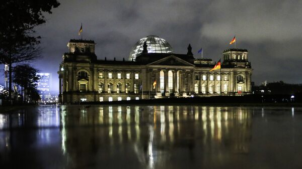Здание немецкого парламента Бундестага. Архивное фото