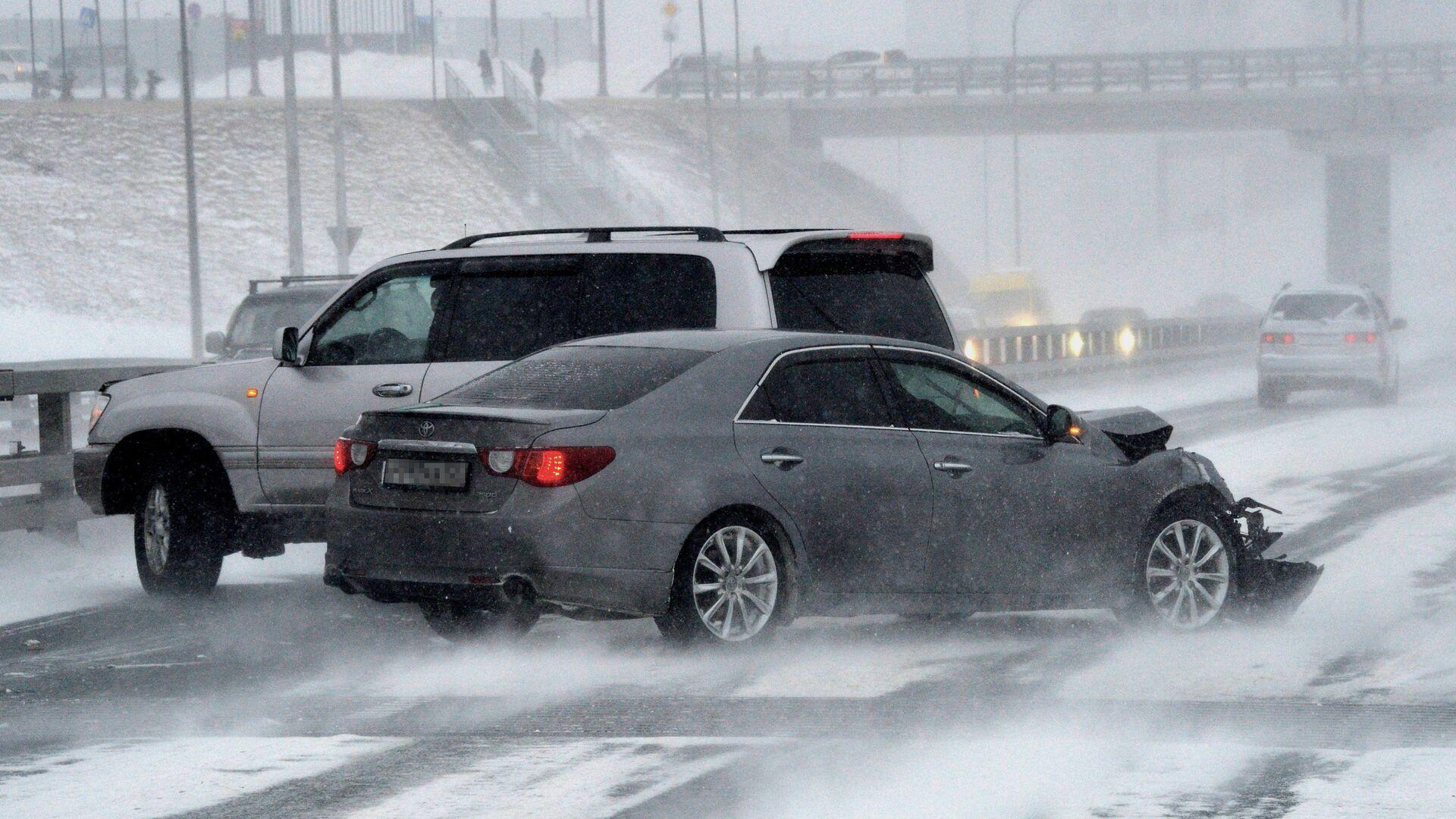 В Приморье число ДТП во время снежного циклона выросло на 70%