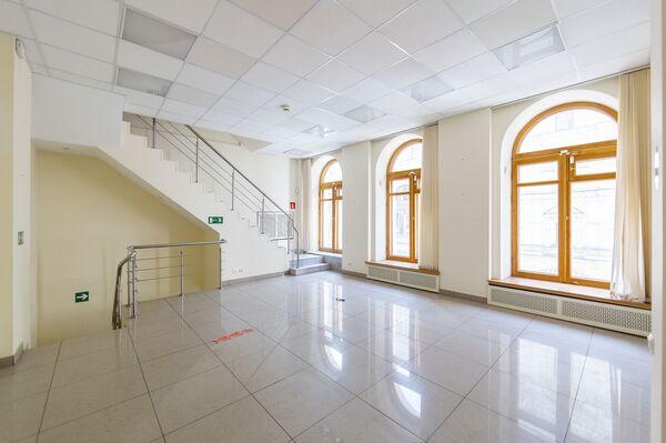 Палаты и модерн: какие исторические дома можно купить в Москве