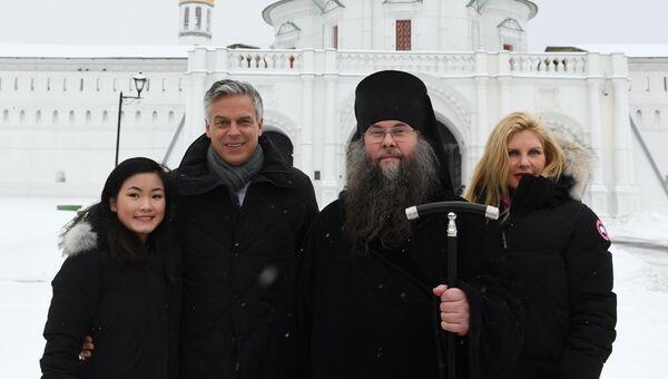 Поездка посла США в РФ Джона Хантсмана в Новоиерусалимский монастырь. 21 января 2018