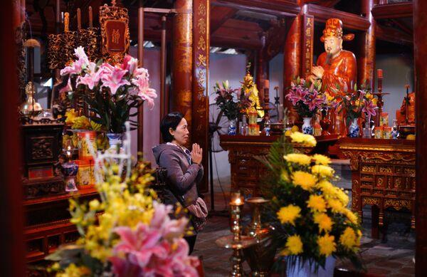 Алтарь Конфуция в Храме литературы в Ханое