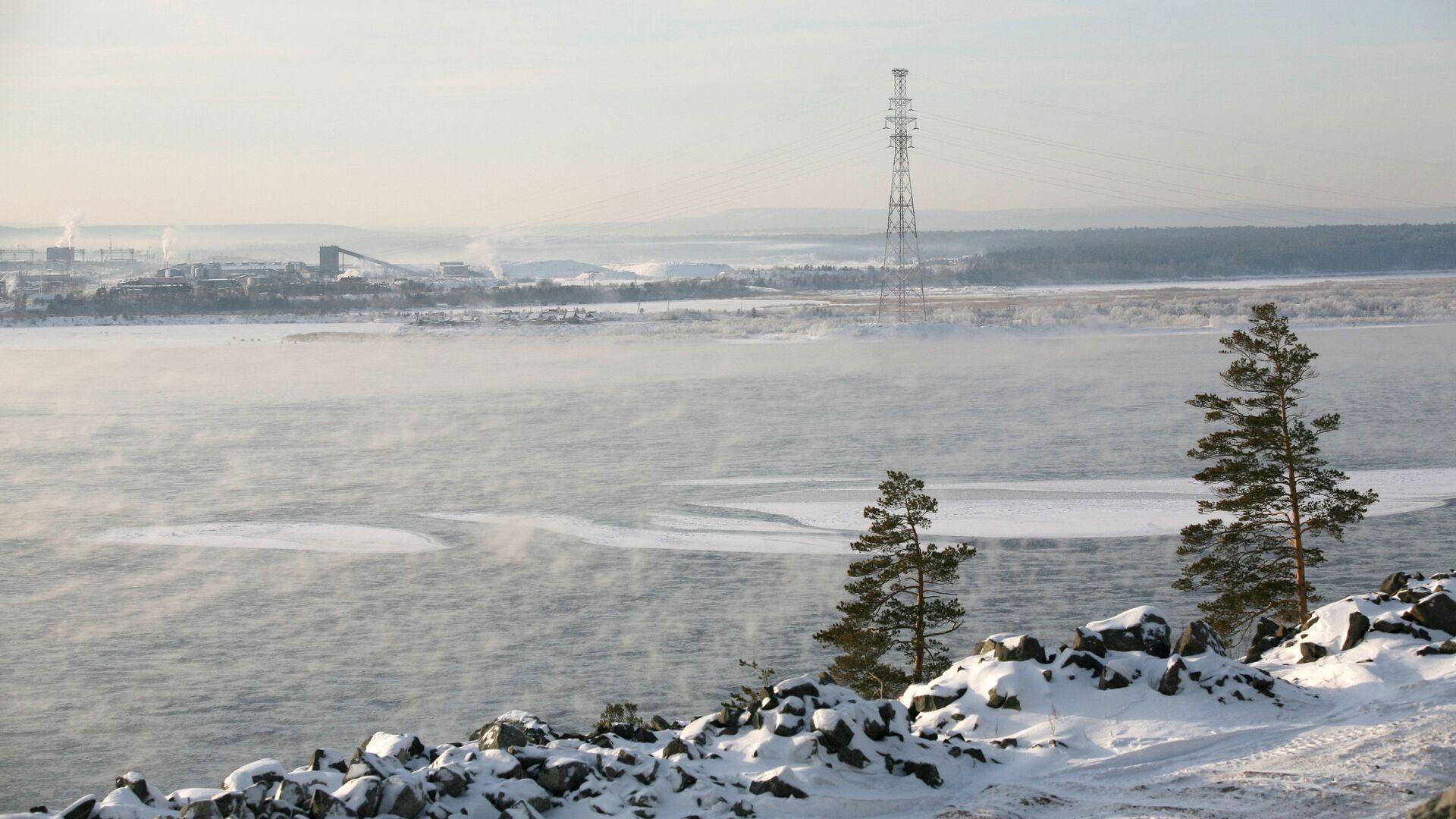 Уровень воды в Ангаре, вышедшей из берегов, снизился на 28 см за сутки