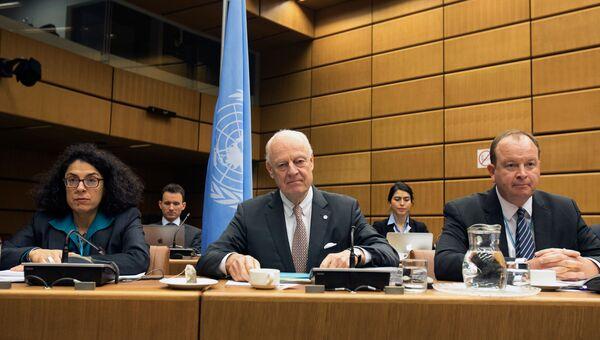 Спецпосланника ООН Стаффан Де Мистура перед началом переговоров с делегацией сирийской оппозиции в Вене. 25 января 2018