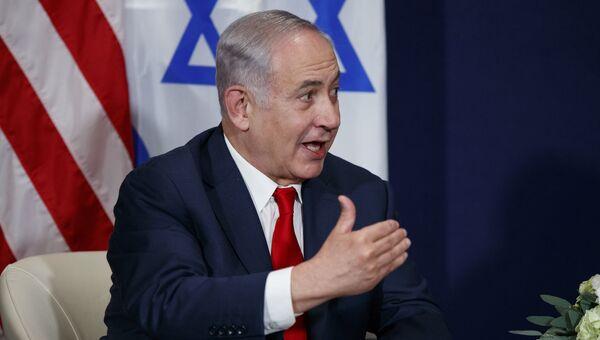 Премьер-министр Израиля Биньямин Нетаньяху во время встречи с президентом Дональдом Трампом на Всемирном экономическом форуме в Давосе.  25 января 2018