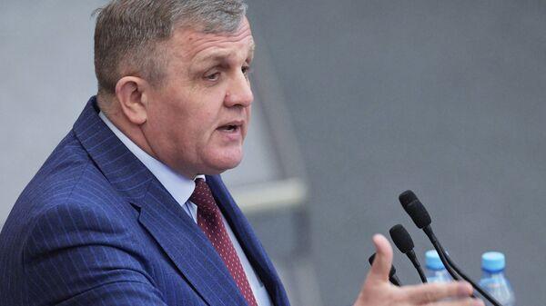 Первый заместитель председателя комитета Государственной Думы по труду, социальной политике и делам ветеранов Николай Коломейцев