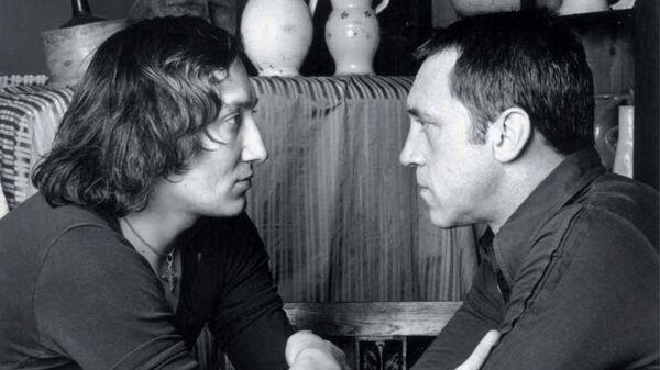 Шемякин и Высоцкий. Фото Патрика Бернара. 1976 год