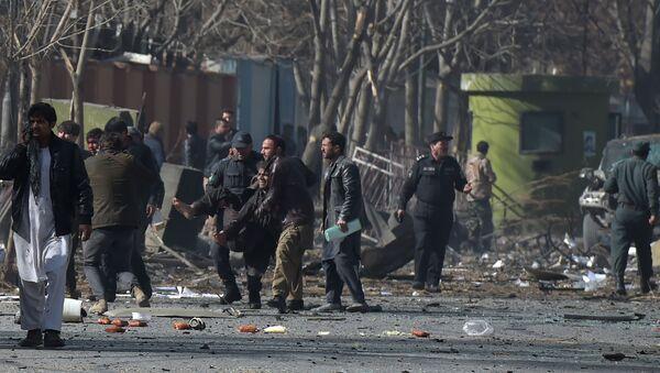 На месте взрыва в Кабуле, Афганистан. 27 января 2018