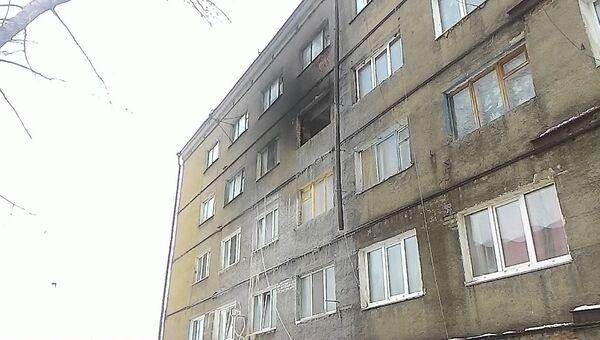 Последствия пожара в здании семейного общежития в поселке Новоомский. 28 января 2018