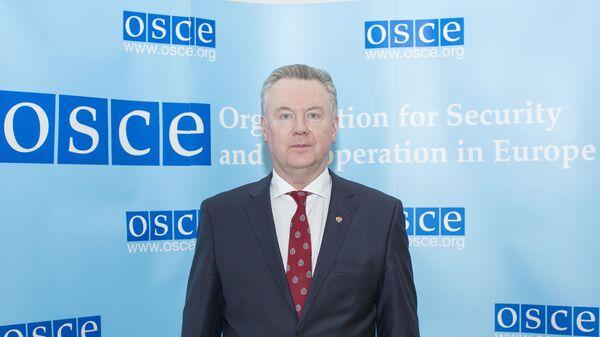 Постпред России при ОБСЕ Александр Лукашевич
