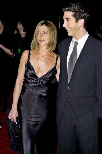Звезды сериала Друзья Дэвид Швиммер и Дженнифер Энистон. 7 января 2001
