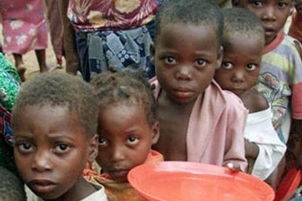Голодающие дети. Архивное фото