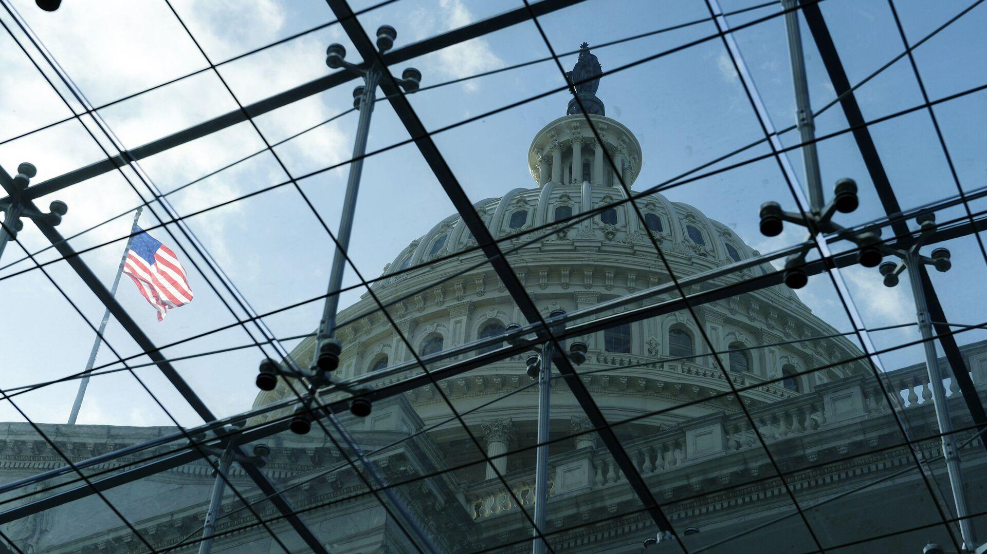 Здание конгресса США на Капитолийском холме в Вашингтоне - РИА Новости, 1920, 13.01.2021