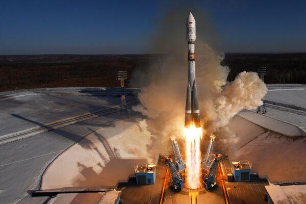 Старт ракеты-носителя Союз-2.1а с космическими аппаратами дистанционного зондирования Земли Канопус-В №3 и №4, и с 9 космическими коммерческими аппаратами с космодрома Восточный