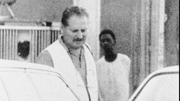 Ильич Рамирес Санчес на улице. Август 1994 года