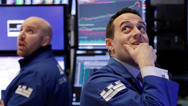 Сотрудники Нью-Йоркской фондовой биржи. 5 февраля 2018