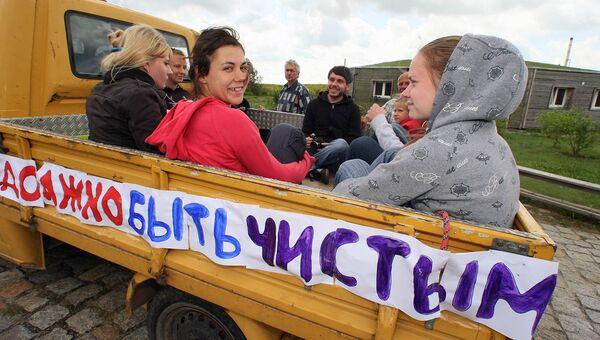 Волонтеры, активные граждане, экологические организации и движения организуют акции по уборке парков и скверов города
