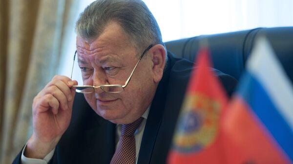 Заместитель министра иностранных дел РФ Олег Сыромолотов во время интервью в Москве